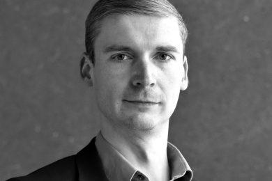 Dr. Mauricio Matthesius